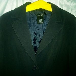 GUC Saks off fifth dark dark navy blazer. Sz 10.